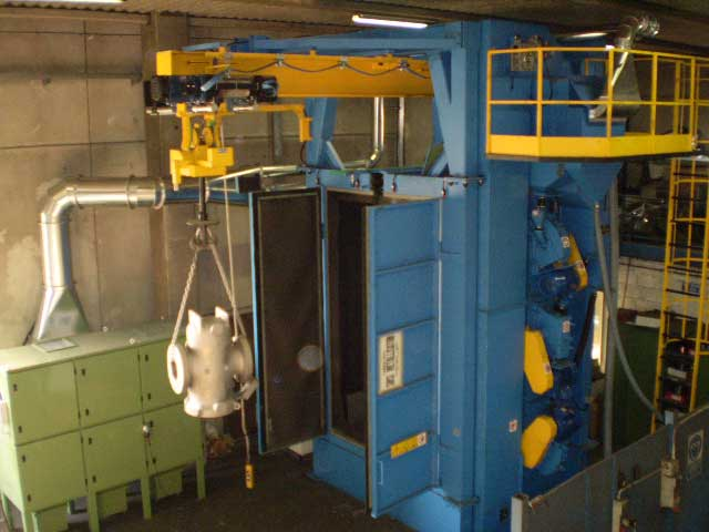 Granigliatrici-turbina-a-gancio-EU-24