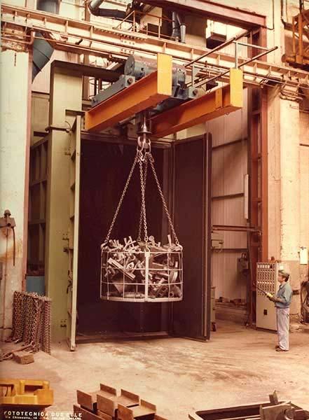 Granigliatrici-turbina-a-gancio-EU-8