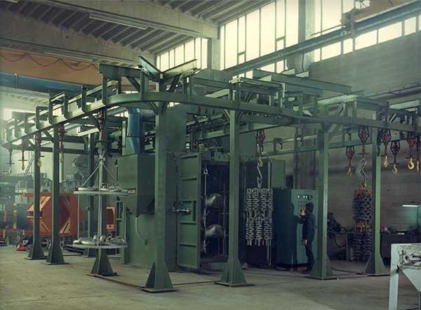 Granigliatrici-turbina-a-gancio-GR-2